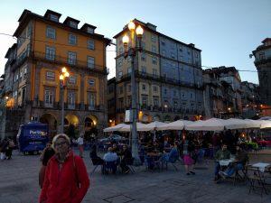 "Abendstimmung am ""Praça da Ribeira"""