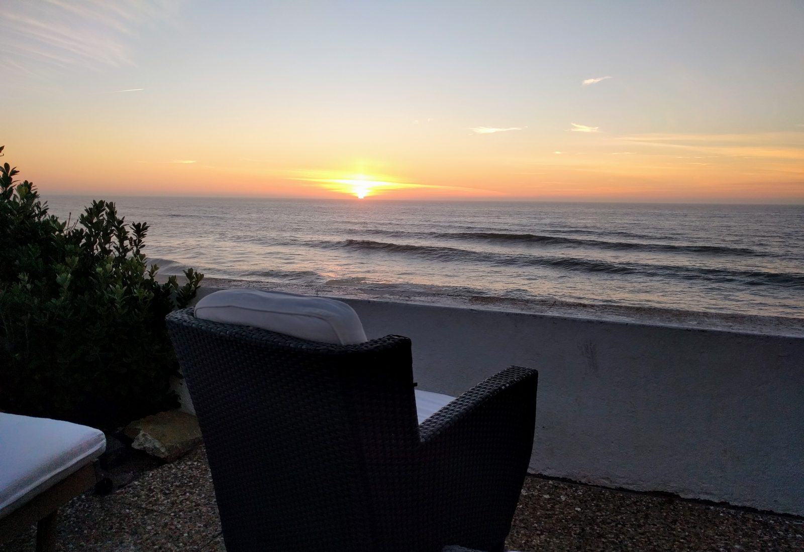 """Sonnenuntergang auf der Terrasse des """"Casal Santa Virginia"""""""